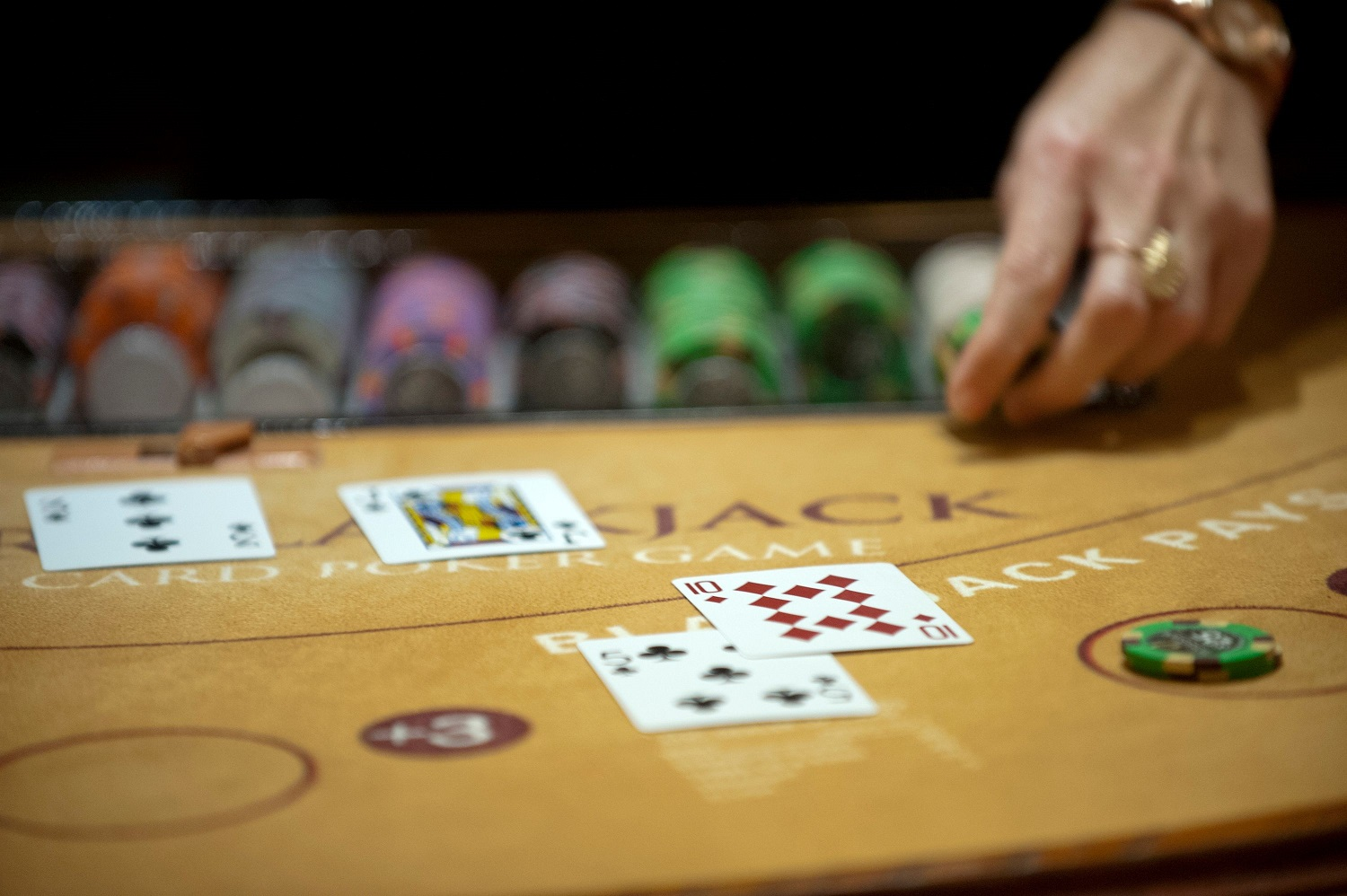 When Is the Best Time to begin Online Casino?